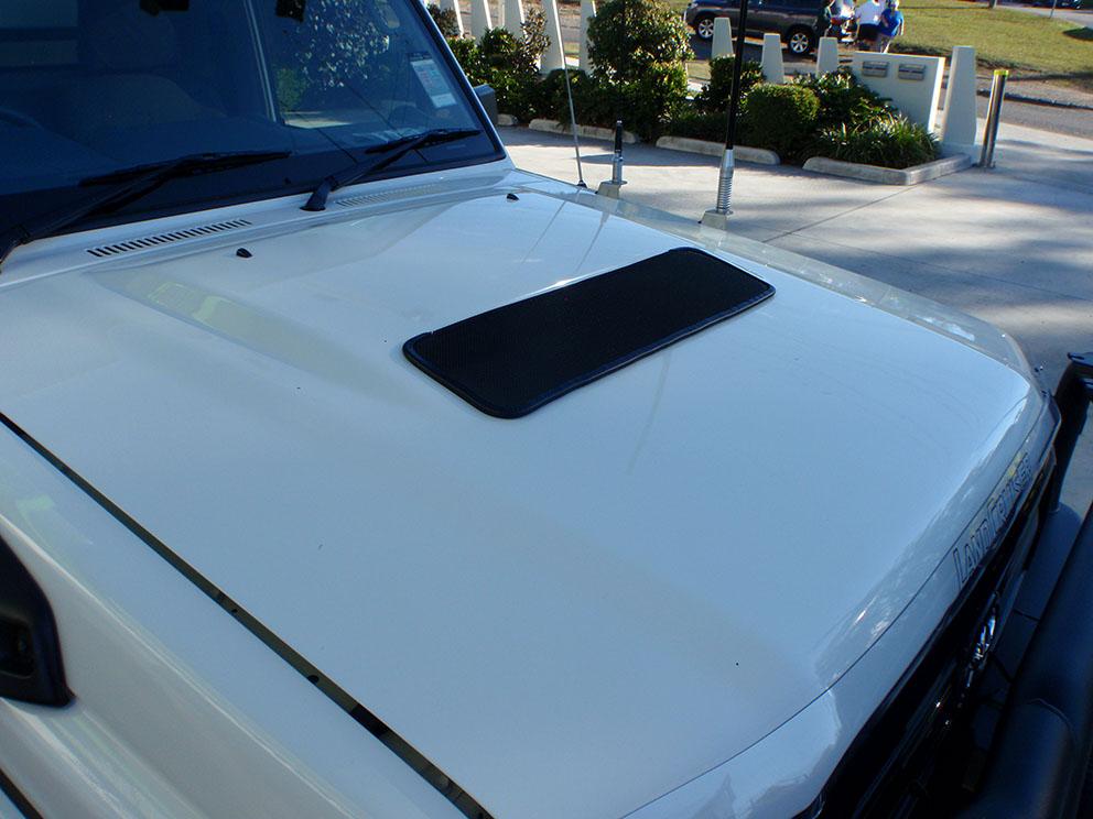 79 Toyota Landcruiser Fitout - Intercooler bug protector