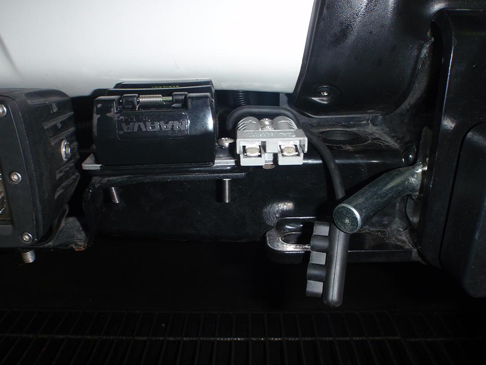 Toyota Prado 150 Series Anderson Plug & 12pin Tow Plug