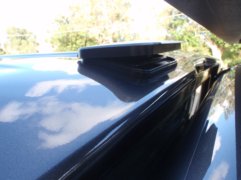 Ford Ranger - EGR canopy with dust removal roof vent