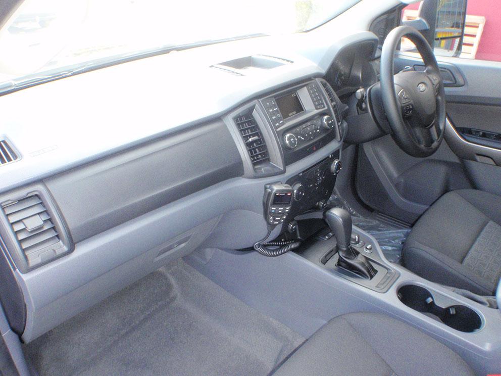 Ford Ranger - GME XRS UHF Radio